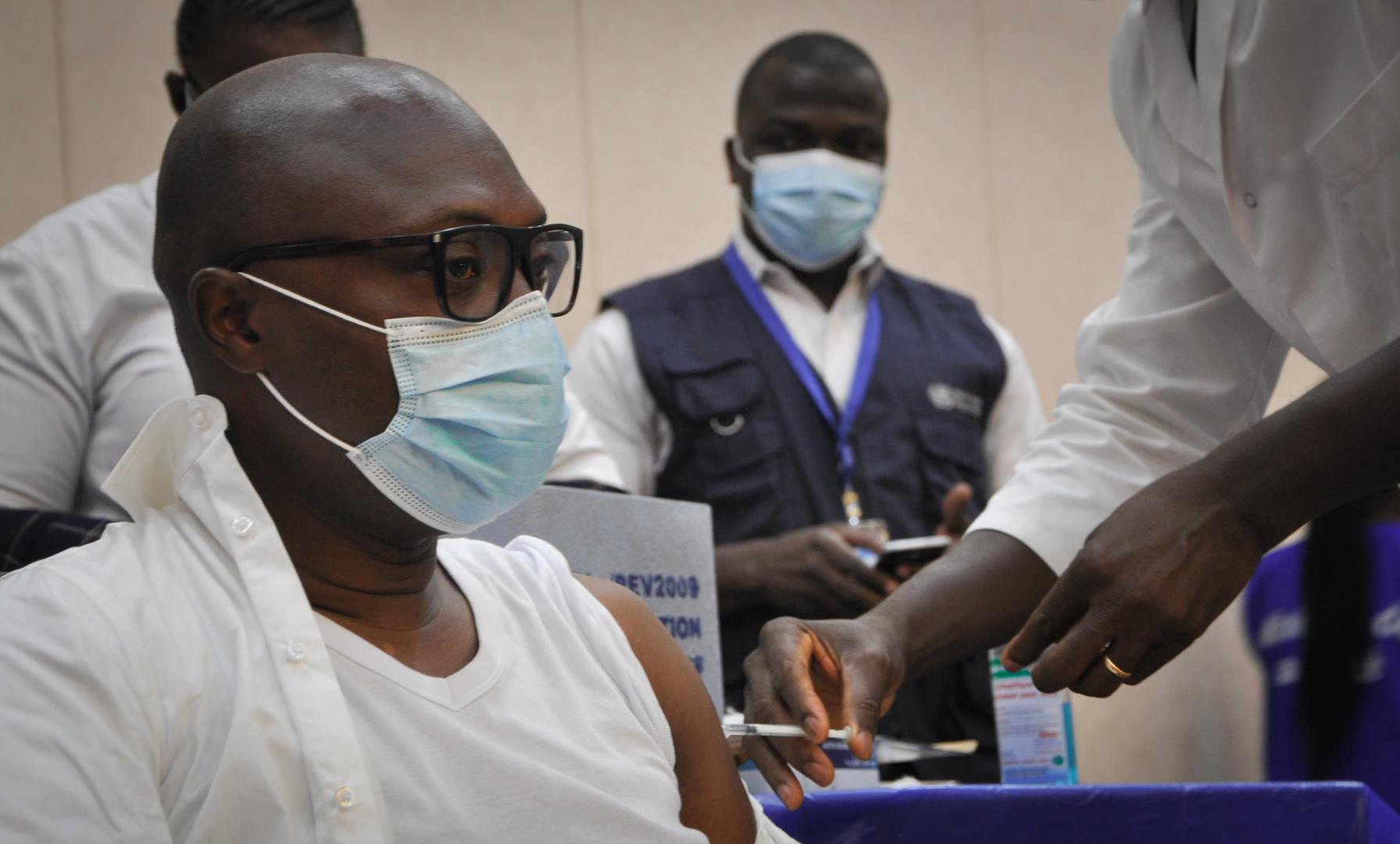 Le Togo vaccine plus de 90 % de son personnel de santé contre la COVID-19