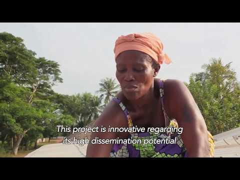 L'électrification d'un village au panneau solaire dans le sud du Togo